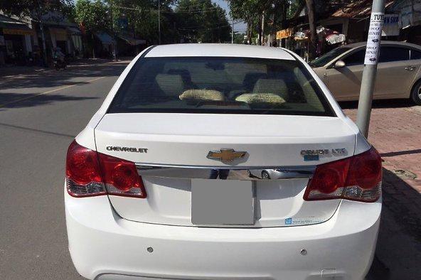 Bán em Cruze 2011 Ltz màu trắng xe còn rất đẹp