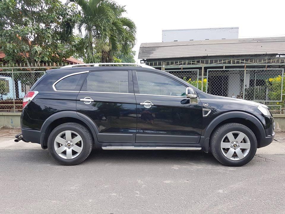 Cần bán xe Chevrolet Captiva 2007 số sàn màu đen huyền thoại