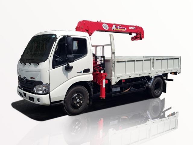 Xe tải Hino 1t2 XZU650 gắn cẩu unic 2 tấn 3 khúc URV233