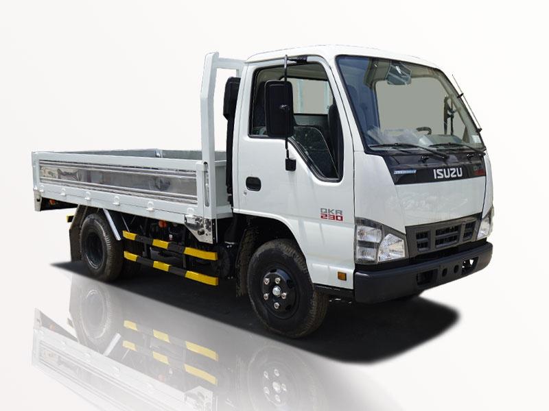 Xe tải isuzu 2t5 thùng lững qkr 230 động cơ euro4 giá tốt