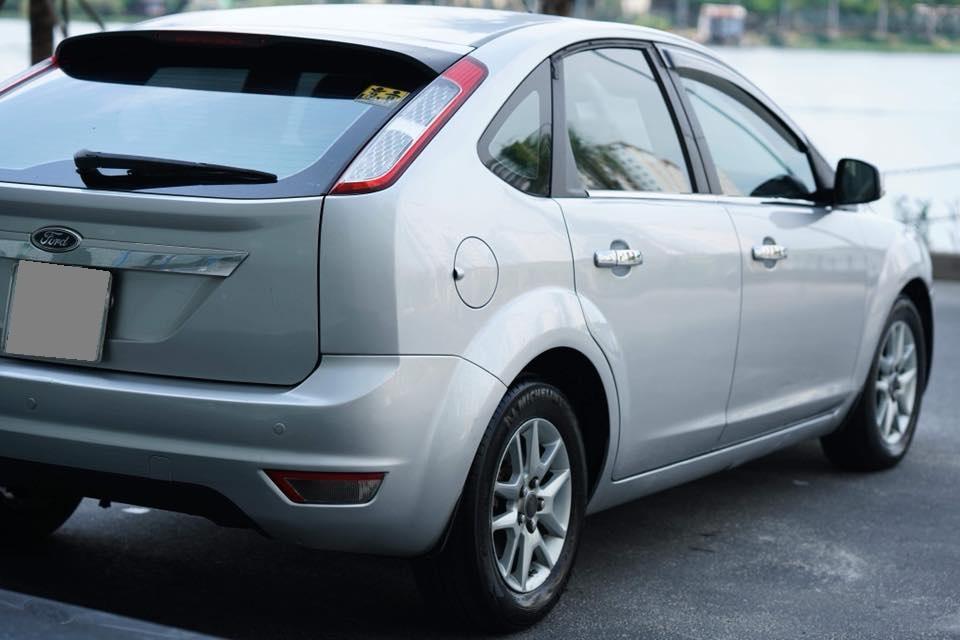 Mình bán Ford Focus  Bạc 2010 tự động hatchback chính chủ