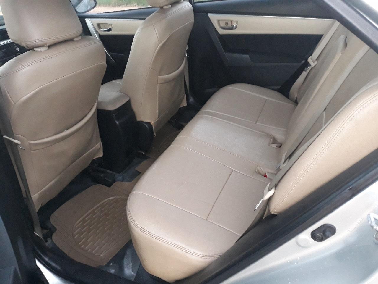 Bán Corolla Altis G 2014, màu bạc, đúng chất, giá TL, hổ trợ góp