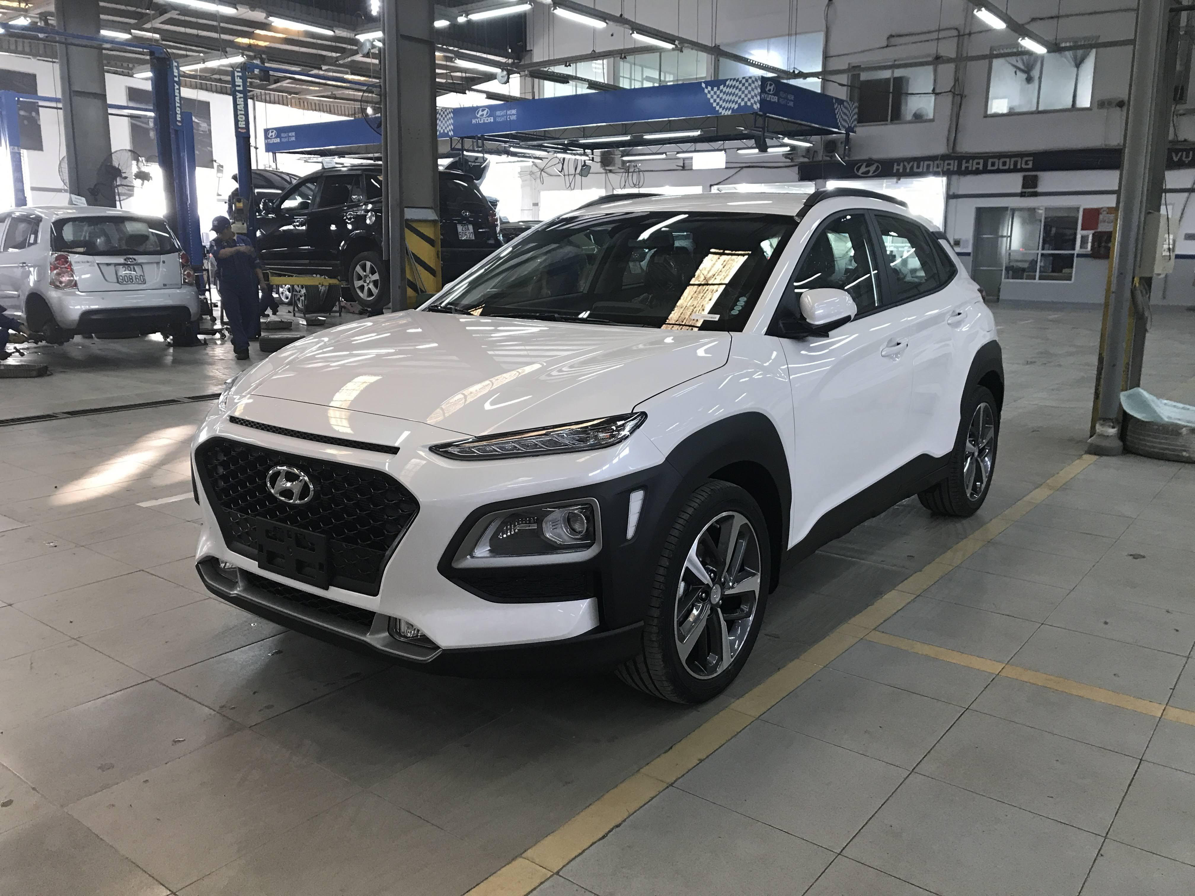 Bán xe Hyundai Kona 2019 bản đặc biệt trả góp chỉ 250 triệu