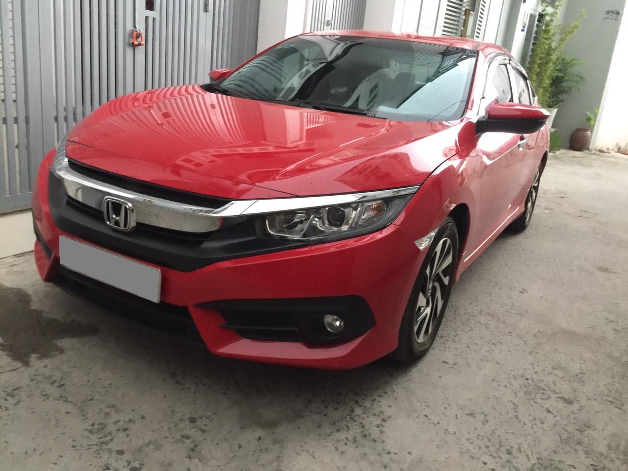 Bán Honda Civic 2018 tự động bảng 1.8 màu đỏ