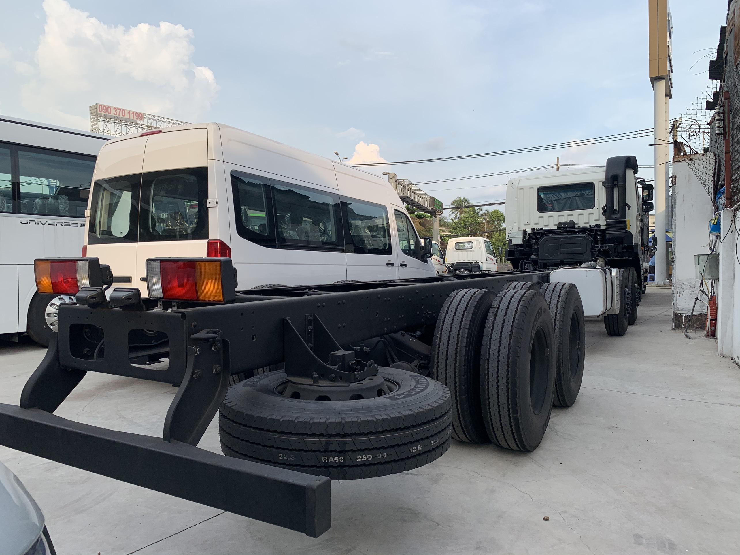 Xe tải HD 320 trọng tải 19 tấn thùng dài 9m8 lọt lòng,Nhận đóng tất cả loại thùng!