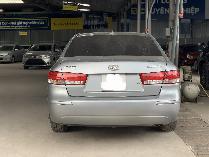 Hyundai Sonata sản xuất năm 2009 Số tay (số sàn) Động cơ Xăng
