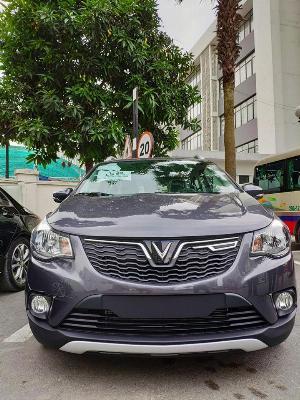 Vinfast Fadil sản xuất năm  Số tự động Động cơ Xăng