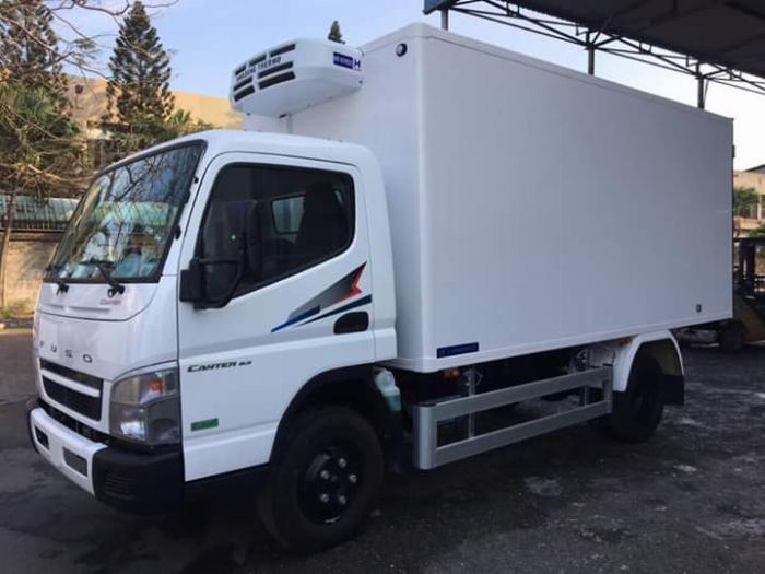 Xe tải thùng ĐÔNG LẠNH FUSO canter 6.5 tải 3 tấn - Trả Góp 1
