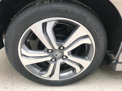 Cần bán xe Honda City đời 2015 số tự động màu xám 4