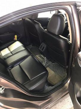Cần bán xe Honda City đời 2015 số tự động màu xám 2