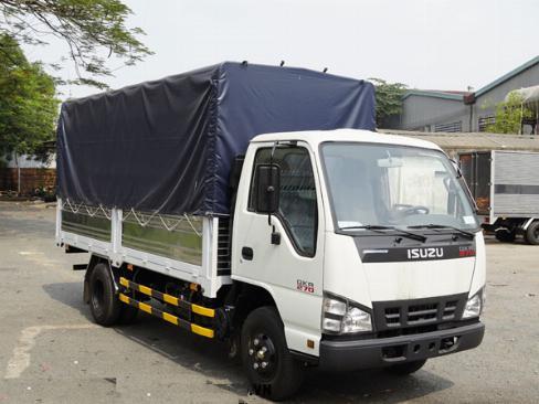 Bán xe tải Isuzu QKH270, màu trắng, Giá 540 triệu