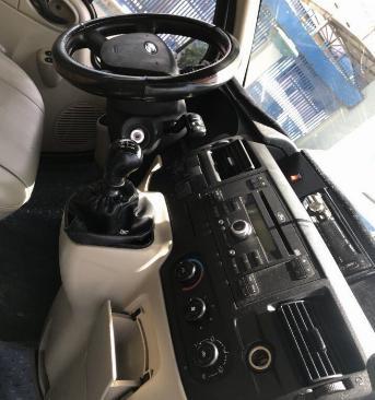 Bán Ford Transit 2016 máy dầu màu Bạc đi rất kỹ nha. 5