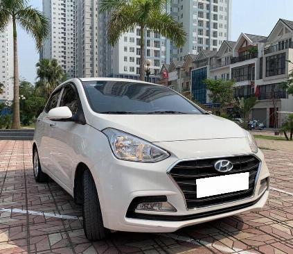 Bán xe Huyndai I10 sedan 1.2, số sàn, sản xuất 2018 màu trắng tinh 2