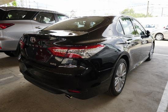 Nhận Đặt Hàng Toyota Camry 5