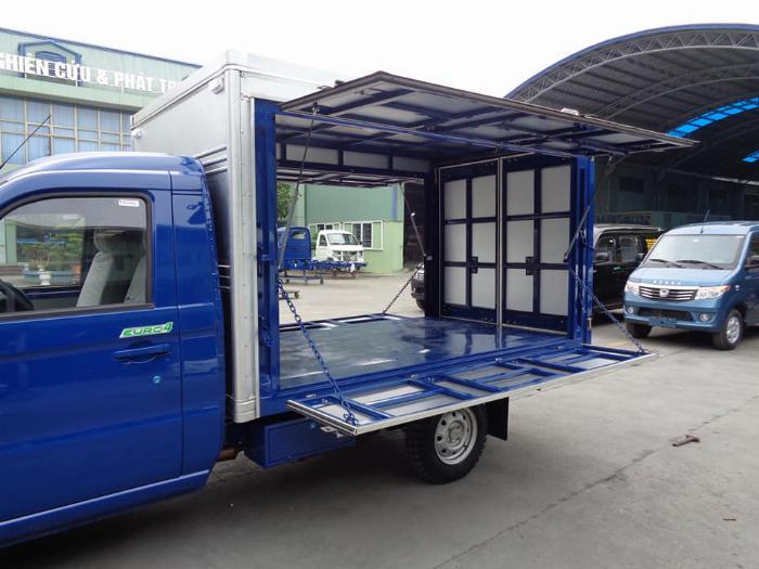 Xe tải kenbo thùng kín cánh dơi 900kg 5