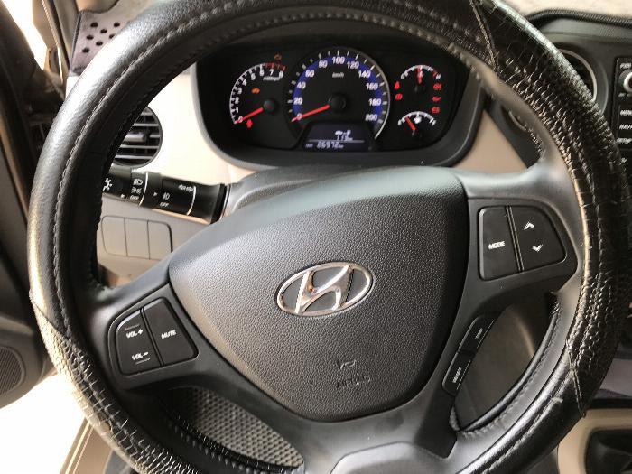 Bán Hyundai Grand i10 sedan 1.2MT màu nâu titan số sàn bản đủ sản xuất 2018 mới 99% 6