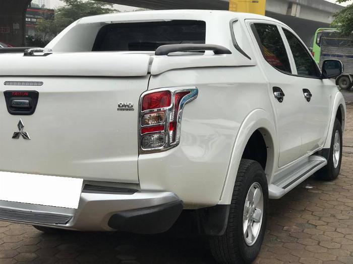 bán Triton 2018, số tự động, máy dầu, màu trắng 2