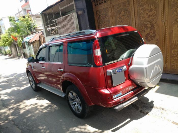 Bán Ford Everest Đỏ 2010 đk 2011 tự động máy dầu rất mới 2