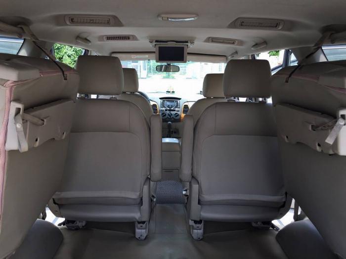 Bán Toyota Innova GSR 2011 xám bạc chính chủ tuyệt vời. 5
