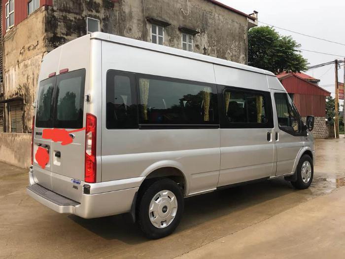 Cần bán xe Transit 2017, màu bạc, số sàn, máy dầu 4