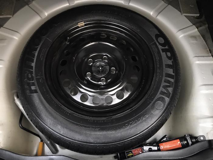 Daewoo Lacetti SE 1.6 MT 2010, màu đen, xe nhập. Khó có con thứ 2 đẹp hơn 7