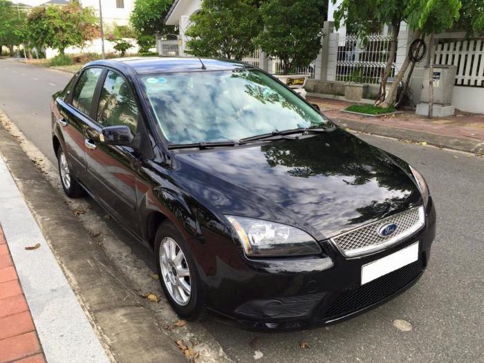 Cần bán xe Ford Focus 2007 số sàn màu đen, gia đình đi gìn giữ 6