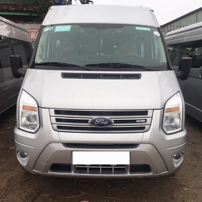 Cần bán xe Ford Transit 2018 máy dầu số sàn, xe màu bạc 16 chỗ 3