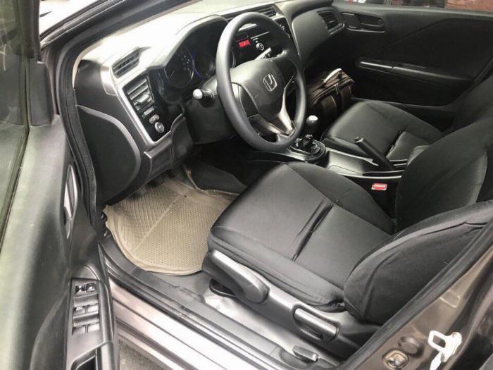 Cần bán xe Honda City 2018 số sàn màu xám