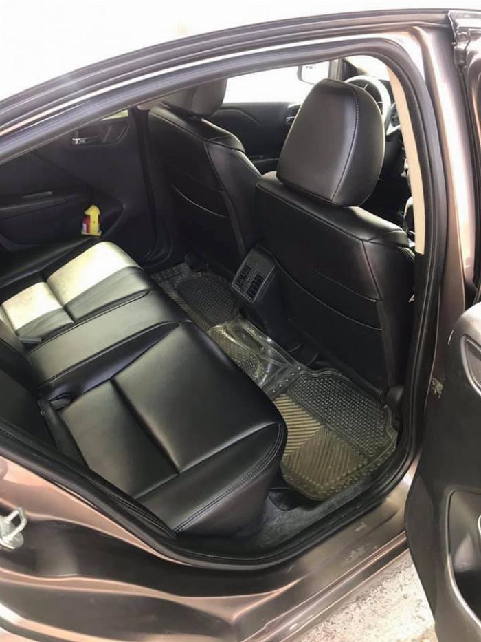 Cần bán xe Honda City 2014 số tự động màu xám