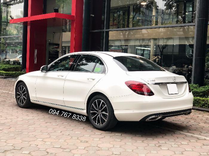 Cần bán gấp Mercedes C200 2019 màu Trắng chính chủ biển đẹp giá cực tốt 10