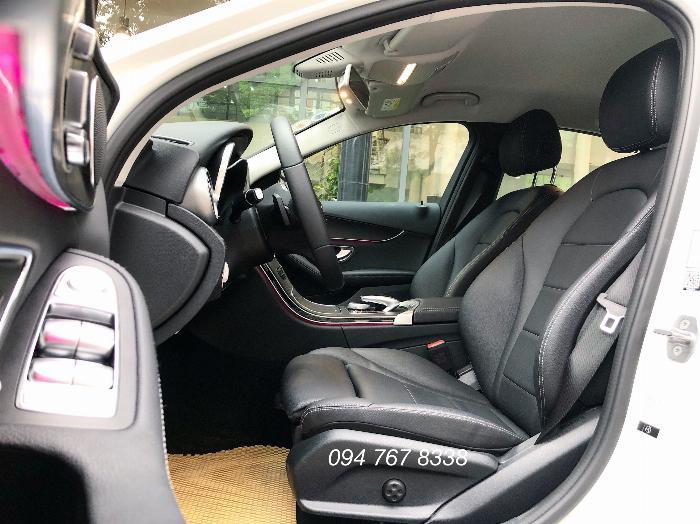 Cần bán gấp Mercedes C200 2019 màu Trắng chính chủ biển đẹp giá cực tốt 3