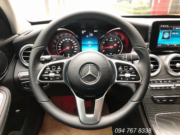 Cần bán gấp Mercedes C200 2019 màu Trắng chính chủ biển đẹp giá cực tốt 7