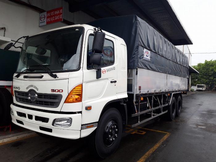 Xe tải HINO FL 3 chân 2017 (GA CƠ) thùng mui bạt bửng nhôm tải 15 tấn - Trả Góp