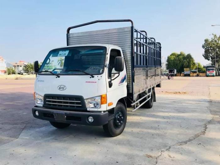Bán trả góp xe tải HYUNDAI MIGHTY 2017 (Ga cơ) tải 8 tấn thùng dài 5m