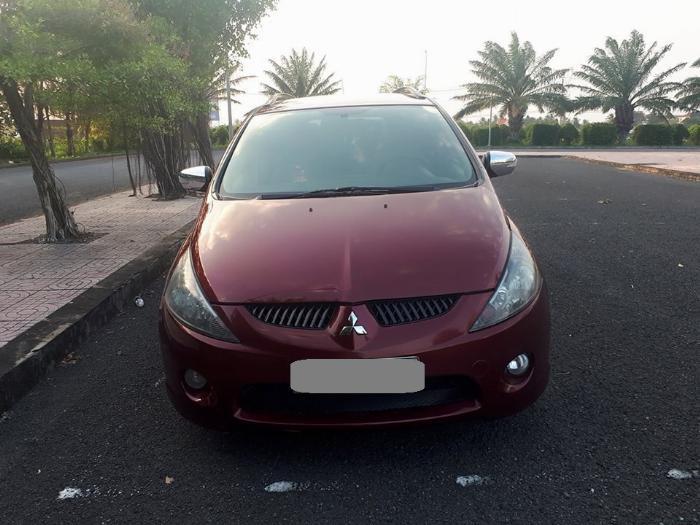 Bán Mitsubishi Grandis 2005 tự động màu đỏ xe gia đình sử dụng