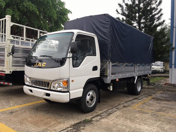 giá xe tải jac 2t4 động cơ isuzu thùng dài 4m4-trả trước 80 triệu 2