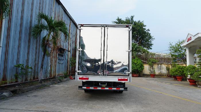 xe tải JAC 6t5 thùng dài 5.3m, tặng hộp đen, hỗ trợ trả góp lãi ưu đãi 2