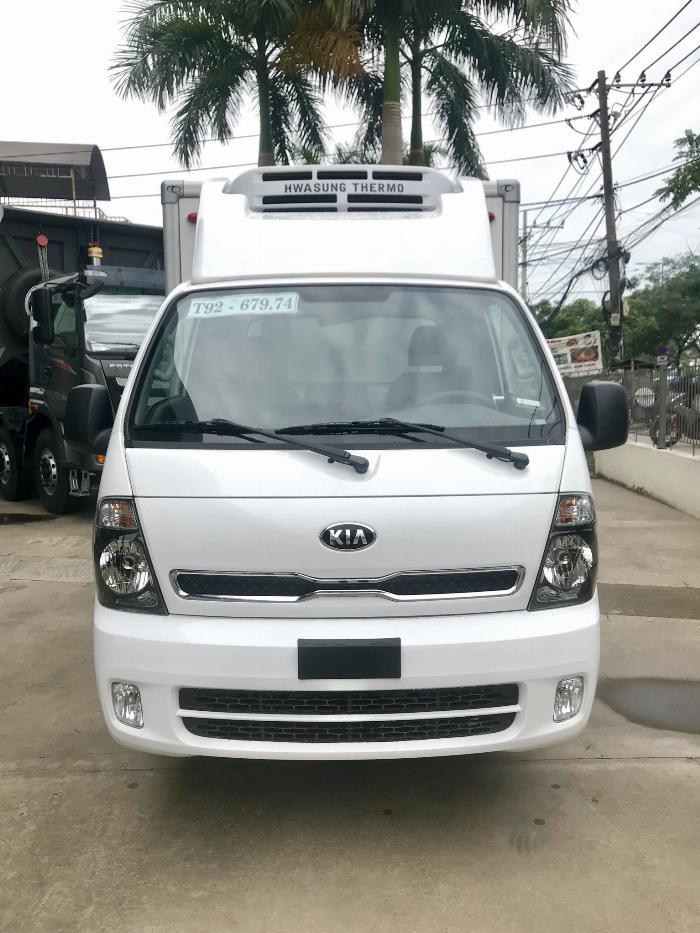 Xe tải Đông Lạnh KIA K200 tải 1,49 tấn chạy hẻm Sài Gòn 4