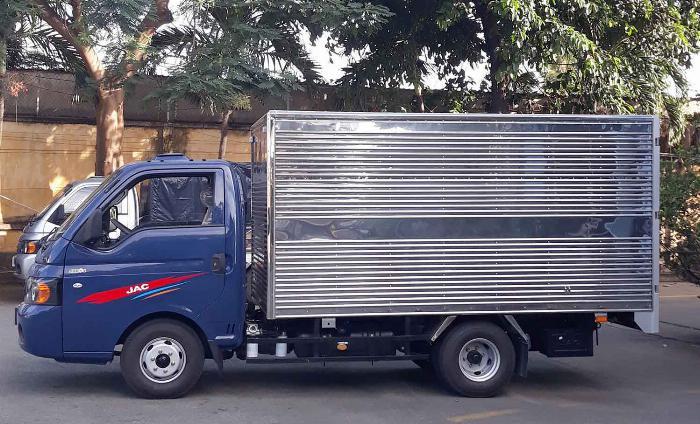 Bán xe tải Jac X5 990kg trả góp vay cao 2