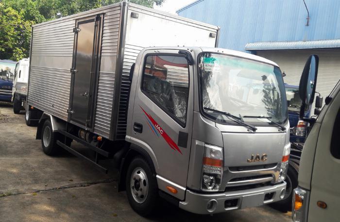 xe tải JAC 6t5 thùng 5.3m, sx 2019, cabin vuông hỗ trợ trả góp 80% xe 4