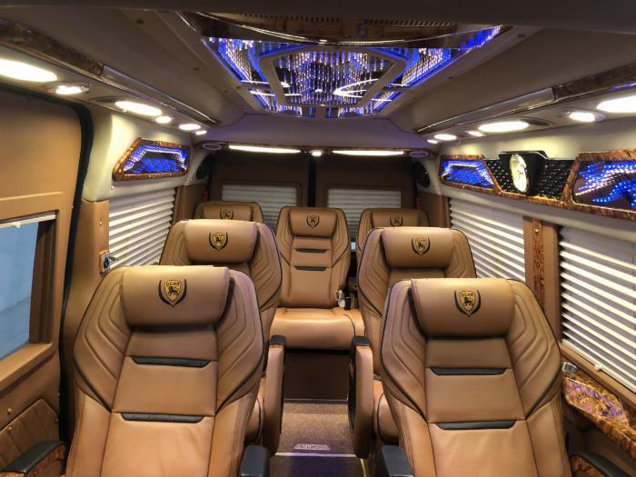 Dcar Limousin Giá tốt giao ngay cho khách hàng và đủ màu !!! Khuyến mãi tốt nhất. 4