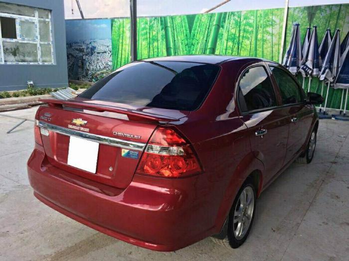 Cần bán xe Aveo 2017, số sàn, màu đỏ, odo đi được 33.000km