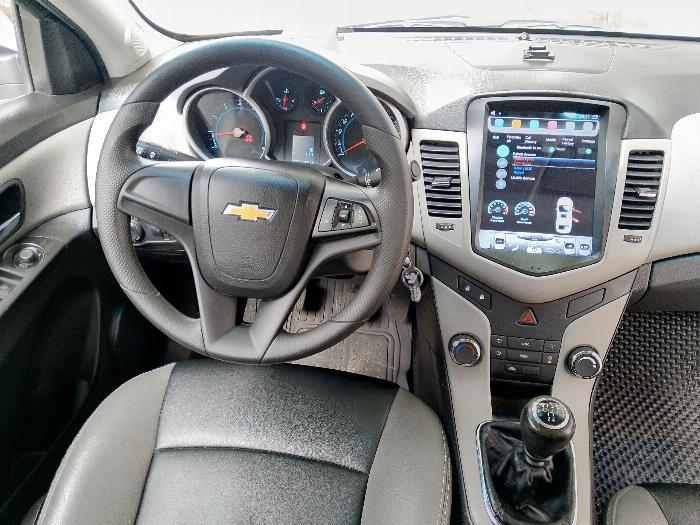 Mình Bán Chevrolet Cruze LT 2016 màu trắng số sàn đi kỹ 6