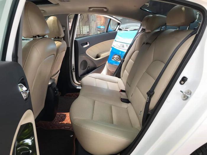 Cần bán Kia Cerato 1.6at 2016 Xe chính chủ từ đầu đi rất giữ gìn, chạy 4,2 vạn km