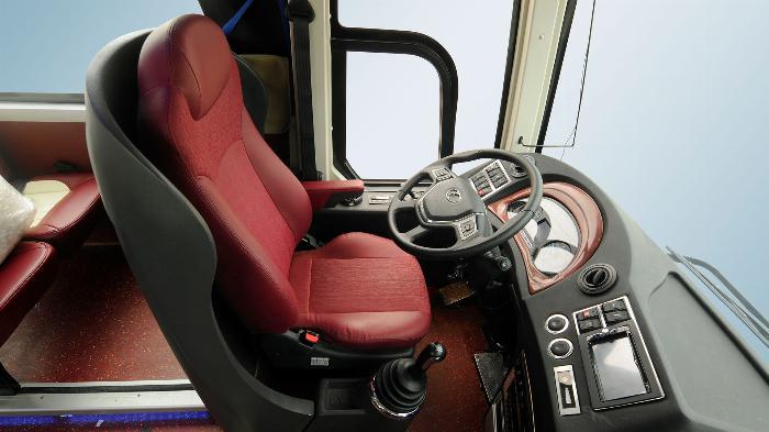 Xe khách TB85S 29 chỗ bầu hơi gánh. Mẫu mới THACO 2019 4