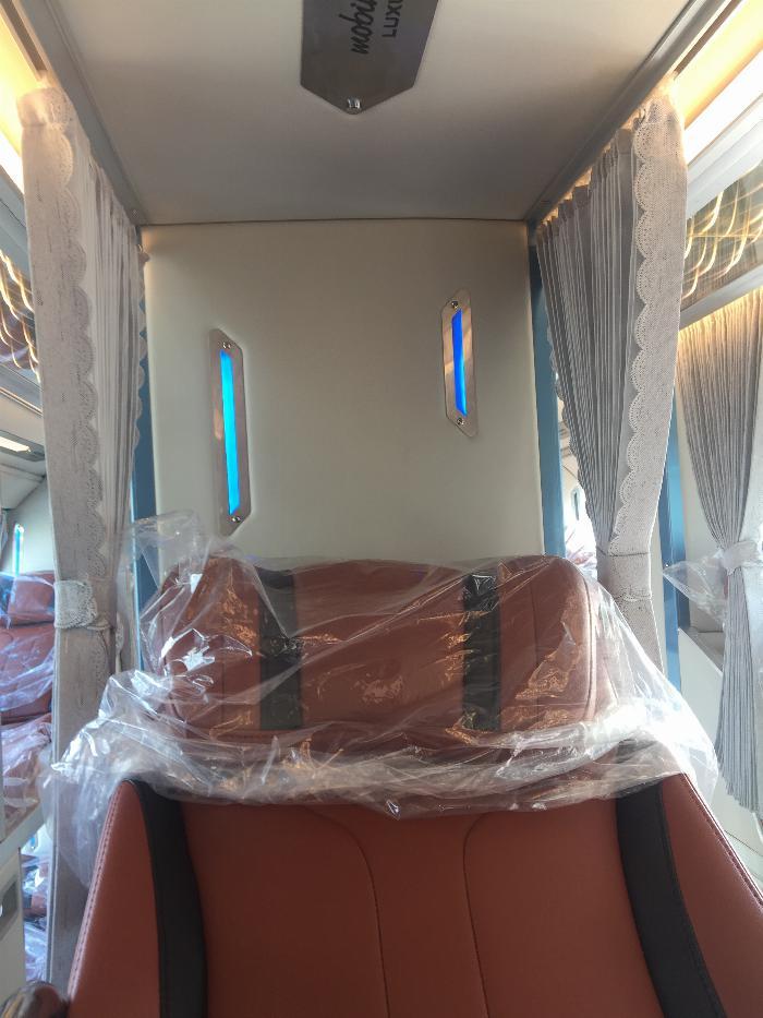 Bán xe 34 Phòng VIP Luxury của Thaco Tb120SL.