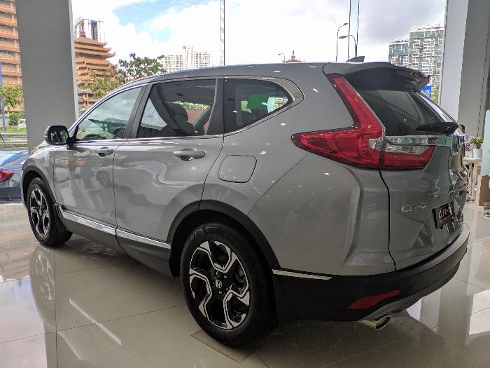 Honda CRV-L, GIẢM GIÁ CỰC MẠNH SÓC NHÂT SG, TẶNG KÈM PHỤ KIỆN THEO XE