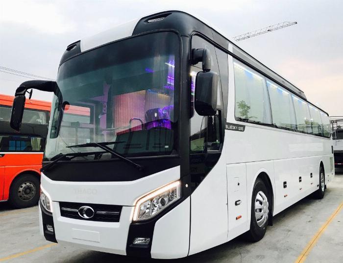 xe khách 45 chỗ THACO / Thaco Universe 45 chỗ động cơ 336PS 2019 / Liên hệ 0938.900.846 2