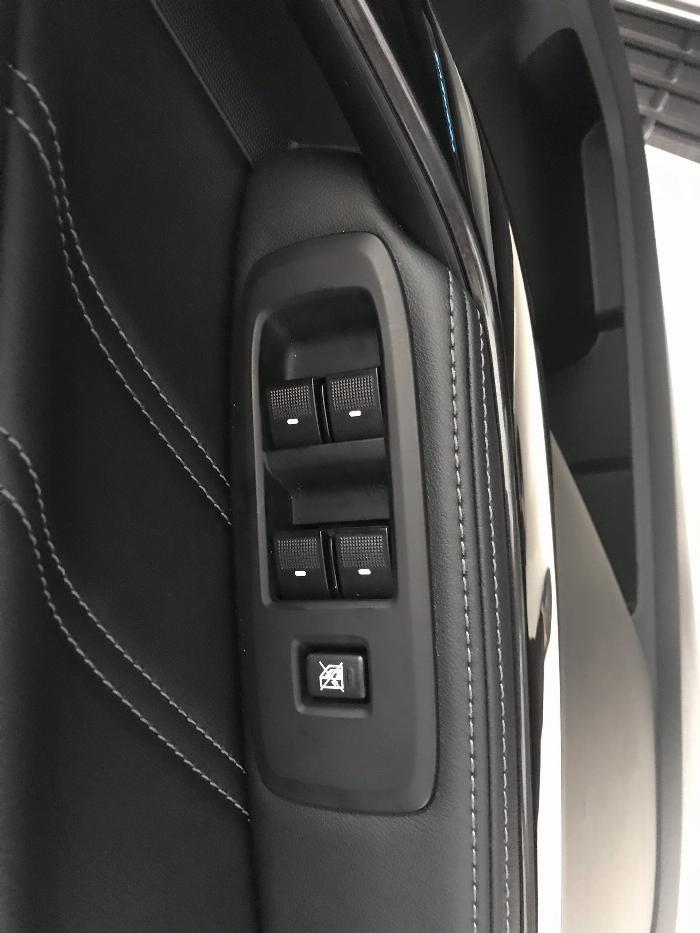 Nhanh tay sở hữu xe Ford Everest 2019 2 cầu mạnh mẻ với giá tốt nhất TPHCM 6