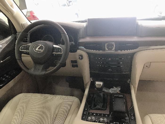 Bán Lexus LX57 Nhập Mỹ,màu vàng,sản xuất 2019,mới 100%,xe giao ngay . 7